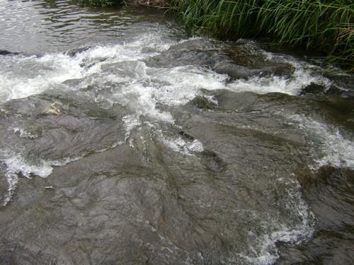 Mini cachoeira no Cascavel, pouco antes da foz.
