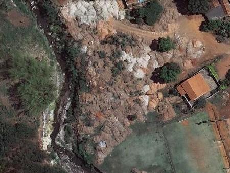 Visão dos entulhos pelo Google Maps